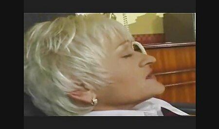 Cherry deutsche sexfilme gratis sehen und Lucy spielen miteinander, bis sie spritzen