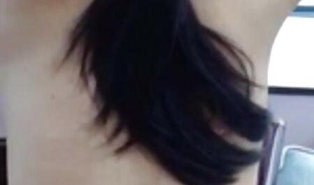 Strumpfhonig mit kostenlose deutsche amateur pornofilme einem Fußfetisch Schwanz saugt