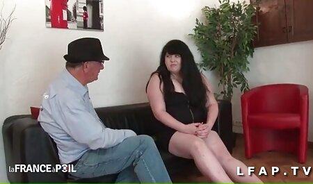 Ihr Sohn kostenlos deutsche sexfilme anschauen geht und sie leckt die Muschi ihrer Freundin